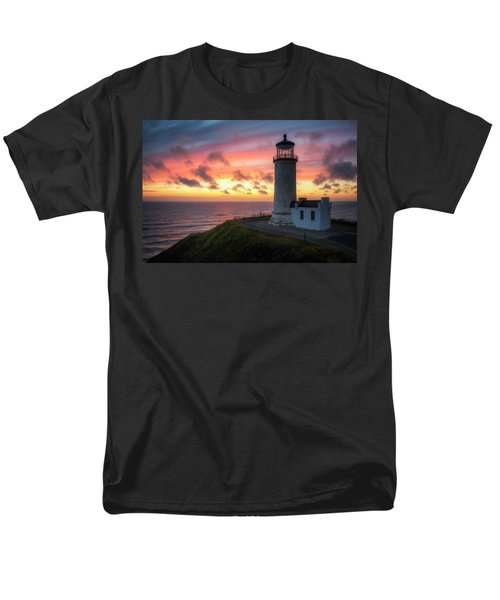 Men's T-Shirt  (Regular Fit) featuring the photograph Lasting Light by Ryan Manuel