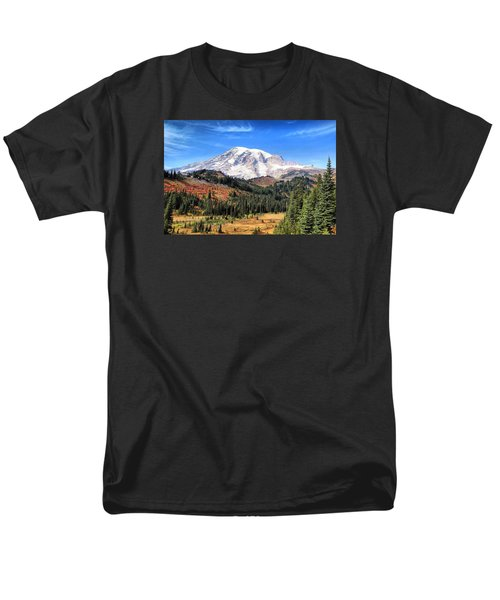 Men's T-Shirt  (Regular Fit) featuring the photograph Leaving Paradise by Lynn Hopwood