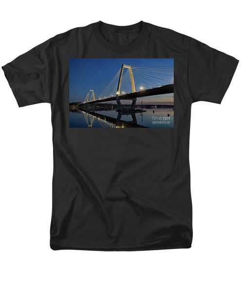 Men's T-Shirt  (Regular Fit) featuring the photograph Lewis And Clark Bridge - D009999 by Daniel Dempster