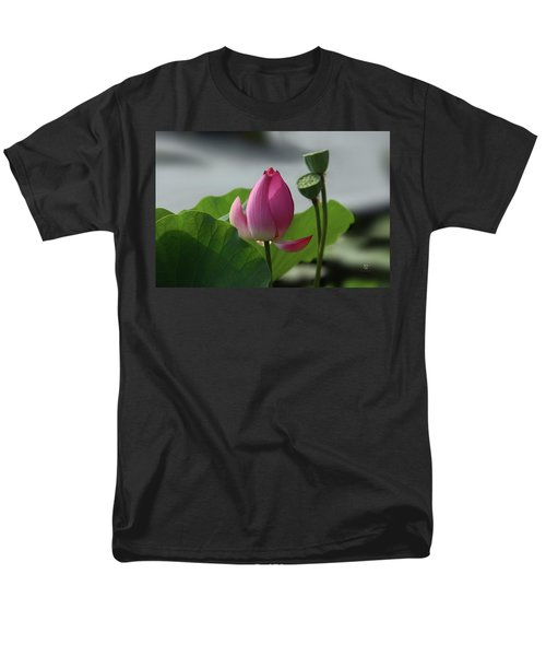Lotus Flower In Pure Magenta Men's T-Shirt  (Regular Fit) by Yvonne Wright