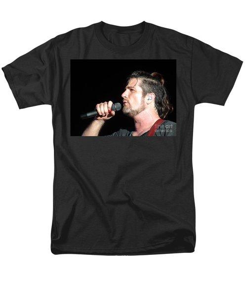 Matt Nathanson Men's T-Shirt  (Regular Fit) by Cindy Manero