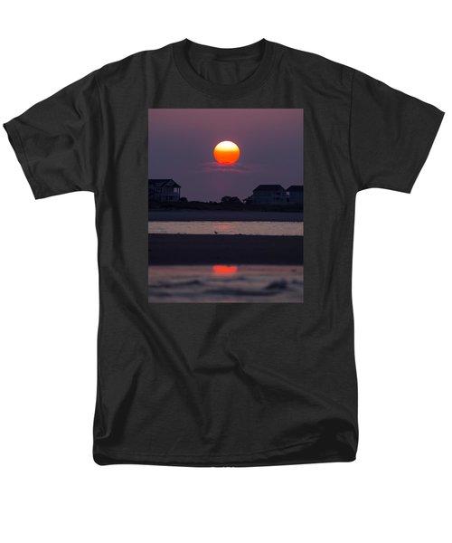 Men's T-Shirt  (Regular Fit) featuring the photograph Morning Sun by Alan Raasch
