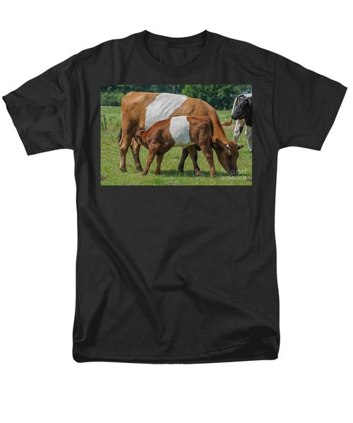 Men's T-Shirt  (Regular Fit) featuring the photograph Mother And Child by Patricia Hofmeester