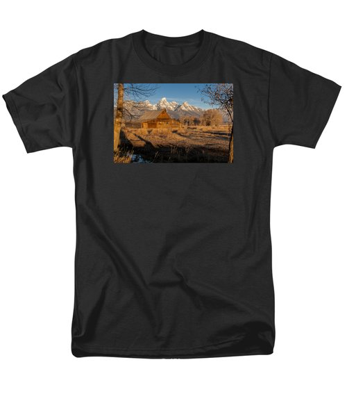 Men's T-Shirt  (Regular Fit) featuring the photograph Moulton Barn by Gary Lengyel