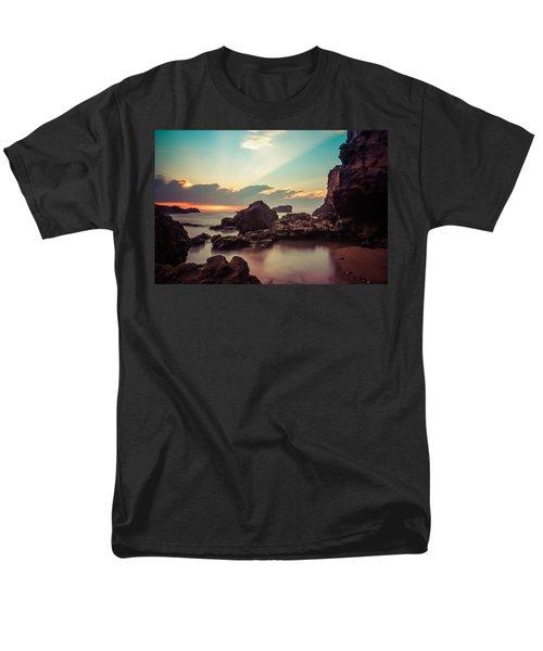 New Vision Men's T-Shirt  (Regular Fit)