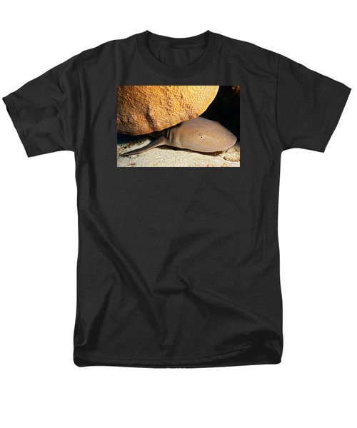 Men's T-Shirt  (Regular Fit) featuring the photograph Nocturnal Hunter by Aaron Whittemore
