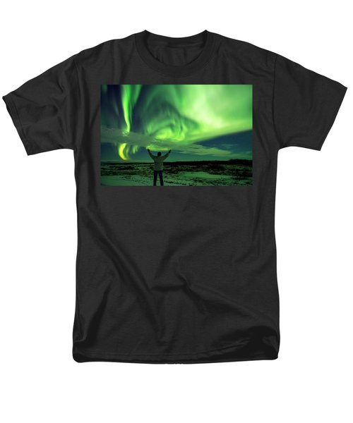 Northern Light In Western Iceland Men's T-Shirt  (Regular Fit) by Dubi Roman
