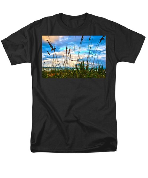 November Day At The Beach In Florida Men's T-Shirt  (Regular Fit)