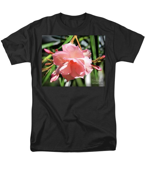 Oleander Mrs. Roeding 3 Men's T-Shirt  (Regular Fit) by Wilhelm Hufnagl
