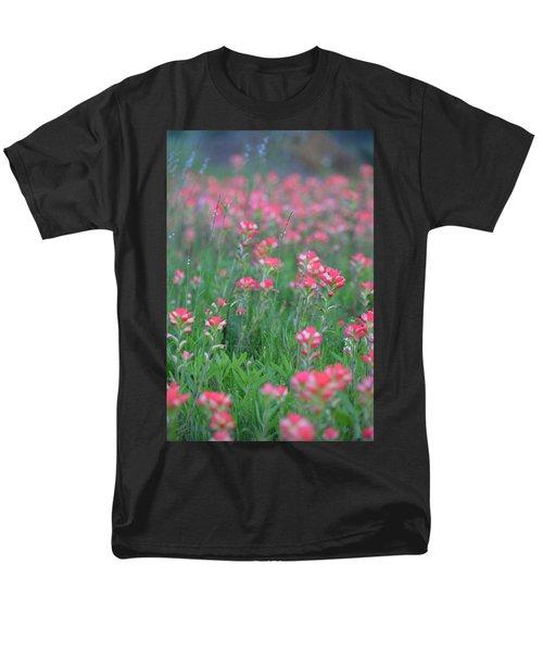Paint Brushes For Texas Men's T-Shirt  (Regular Fit) by Carolina Liechtenstein