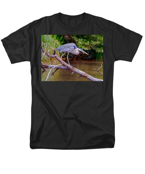 Painting Blue Heron Oak Creek Men's T-Shirt  (Regular Fit) by Dr Bob Johnston