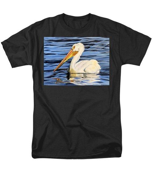 Pelican Posing Men's T-Shirt  (Regular Fit)