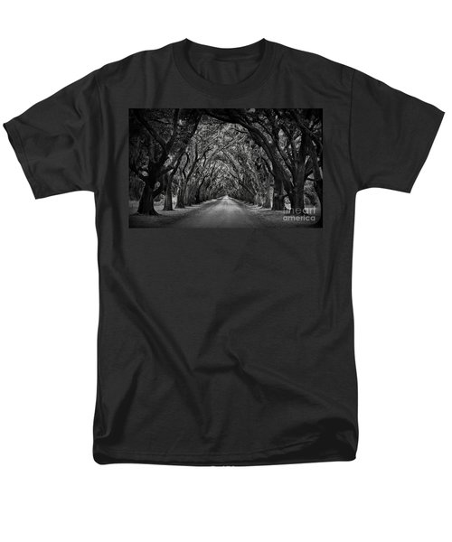 Plantation Oak Alley Men's T-Shirt  (Regular Fit) by Perry Webster