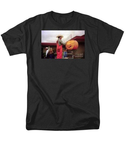 pumpkin Carver moon bay Men's T-Shirt  (Regular Fit) by Ted Pollard