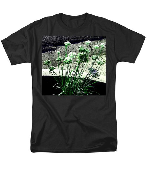 Men's T-Shirt  (Regular Fit) featuring the photograph Queen Anne's Lace by Lenore Senior