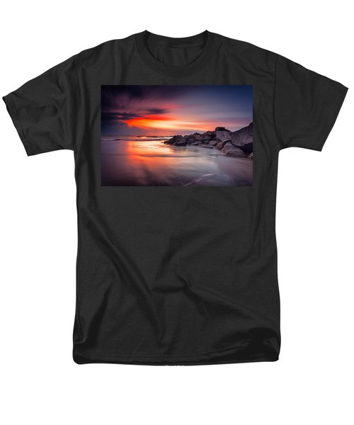 Men's T-Shirt  (Regular Fit) featuring the photograph Ray Of Hope by Edward Kreis