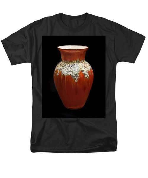 Red And White Vase Men's T-Shirt  (Regular Fit)