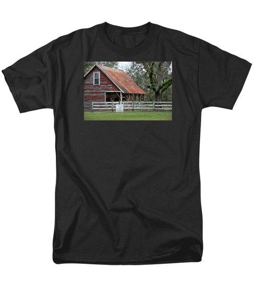 Red Barn With A Rin Roof Men's T-Shirt  (Regular Fit) by Lynn Jordan