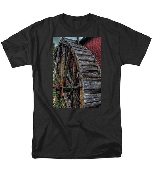 Red Mill Wheel 2007 Men's T-Shirt  (Regular Fit) by Trey Foerster