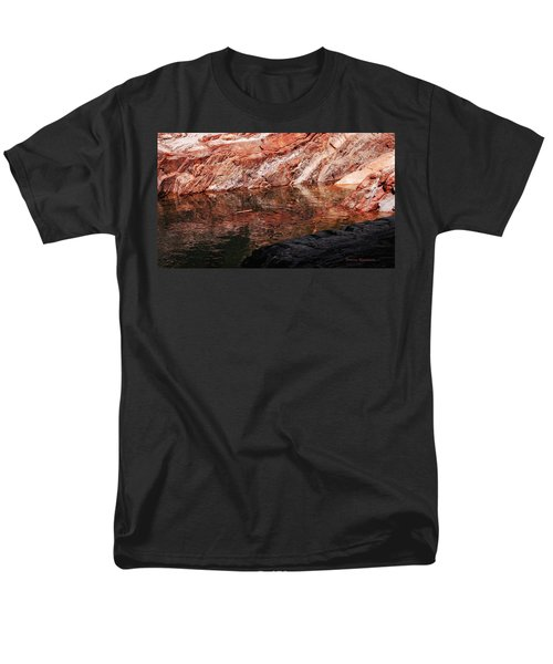 Red River Men's T-Shirt  (Regular Fit) by Donna Blackhall