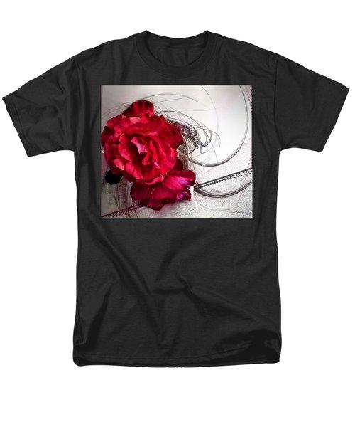 Red Roses Men's T-Shirt  (Regular Fit) by Susan Kinney