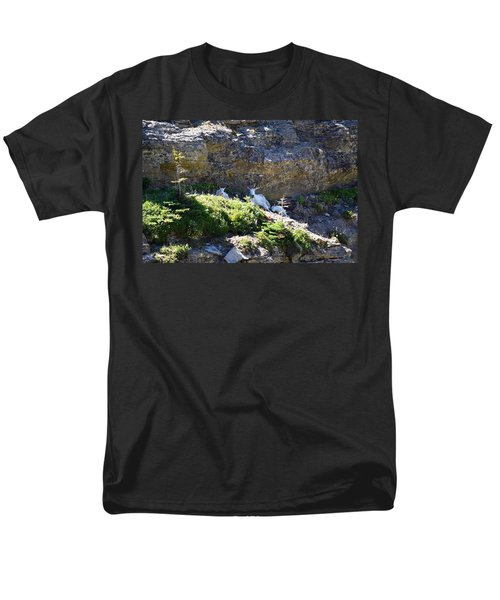 Men's T-Shirt  (Regular Fit) featuring the photograph Relaxing In The Shade by Dacia Doroff