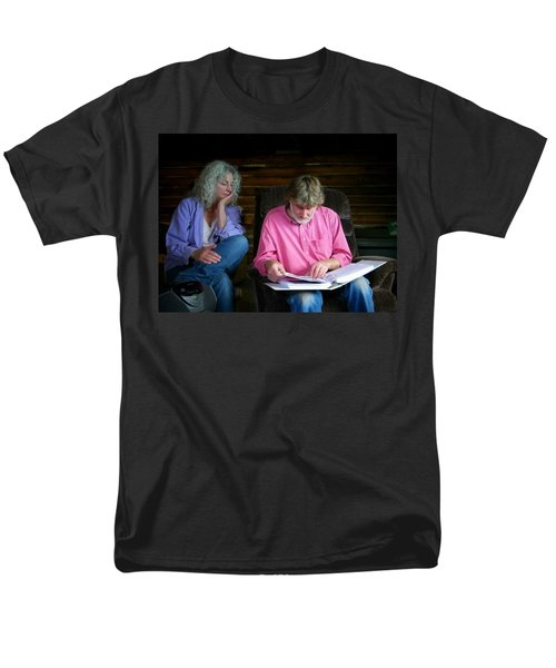 Men's T-Shirt  (Regular Fit) featuring the photograph Reminiscing by Lenore Senior