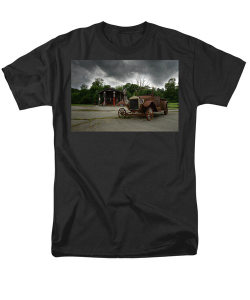 Men's T-Shirt  (Regular Fit) featuring the photograph Remnants Of Yesterday by Renee Hardison