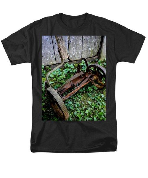 Retired Men's T-Shirt  (Regular Fit) by Renate Nadi Wesley