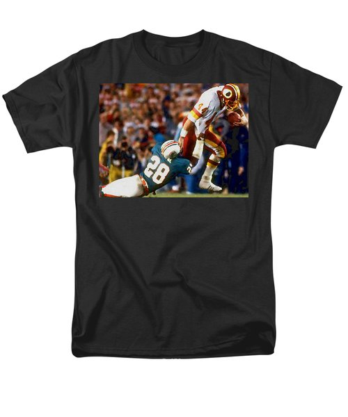 Riggos Run Men's T-Shirt  (Regular Fit) by Paul Van Scott