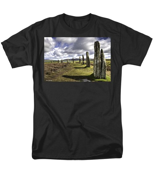 Ring Of Brodgar Men's T-Shirt  (Regular Fit) by Fran Gallogly