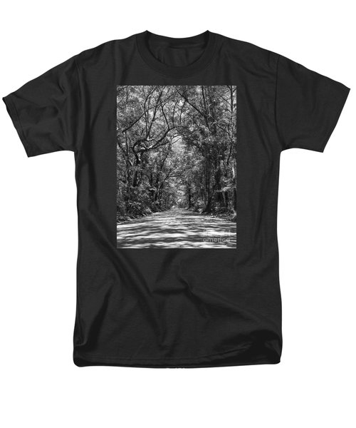 Road To Angel Oak Grayscale Men's T-Shirt  (Regular Fit) by Jennifer White