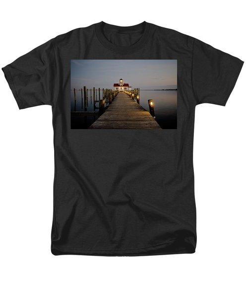 Roanoke Marshes Lighthouse Men's T-Shirt  (Regular Fit) by David Sutton