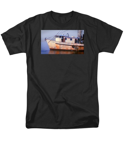 Rusty II And Crew Men's T-Shirt  (Regular Fit) by Laura Ragland