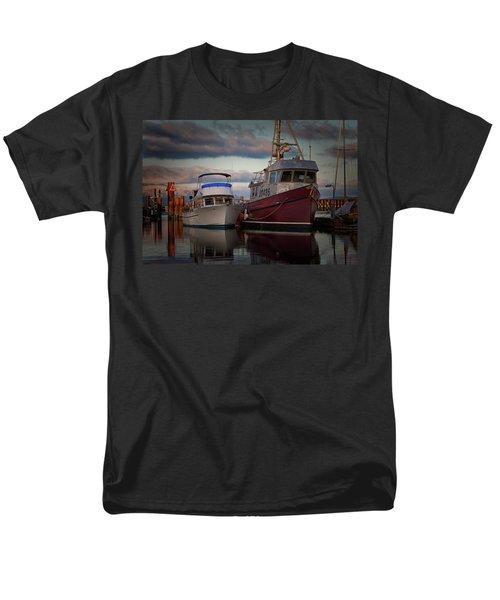 Men's T-Shirt  (Regular Fit) featuring the photograph Sea Rake by Randy Hall