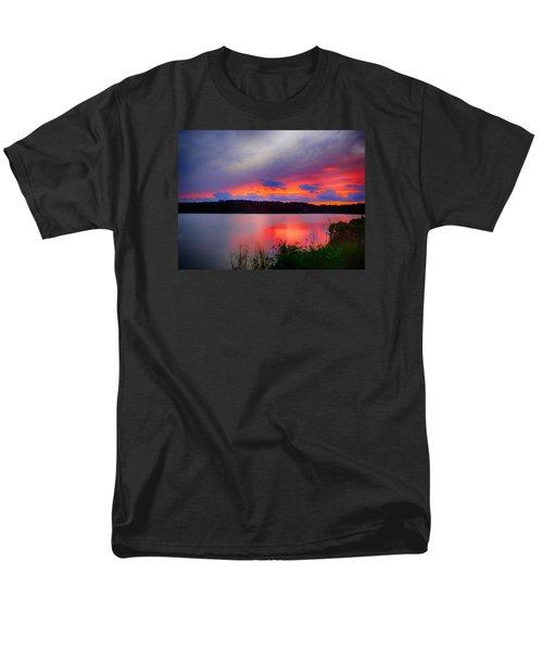 Men's T-Shirt  (Regular Fit) featuring the photograph Shelf Cloud At Sunset by Bill Barber