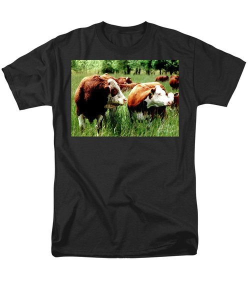 Simmental Bull And Hereford Cow Men's T-Shirt  (Regular Fit) by Larry Campbell