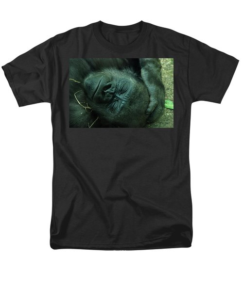 Men's T-Shirt  (Regular Fit) featuring the photograph Sleep Tight by Richard Bryce and Family