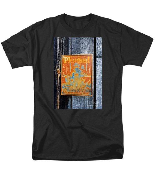 Smokey The Bear Men's T-Shirt  (Regular Fit) by Paul Mashburn