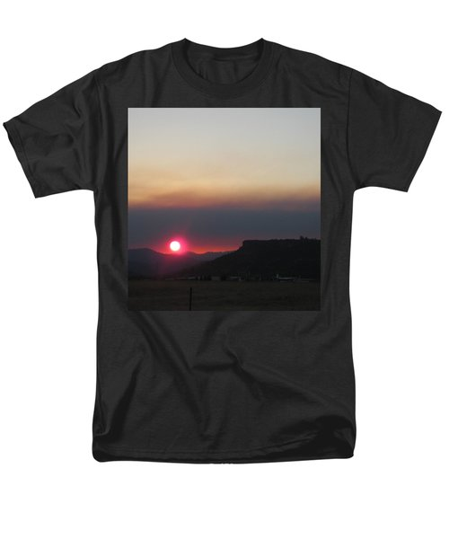 Men's T-Shirt  (Regular Fit) featuring the photograph Smoky Sunset Near Table Rock by Marie Neder