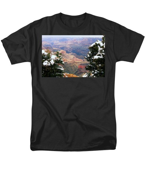 Snowy Dropoff - Grand Canyon Men's T-Shirt  (Regular Fit) by Larry Ricker