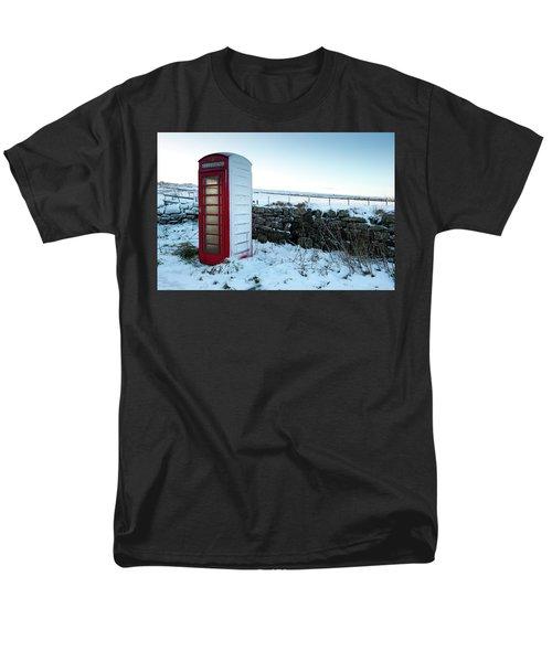 Snowy Telephone Box Men's T-Shirt  (Regular Fit) by Helen Northcott