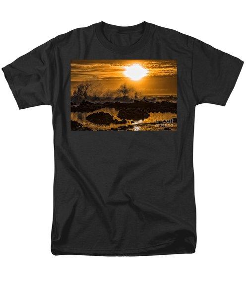 Splash Men's T-Shirt  (Regular Fit) by Billie-Jo Miller