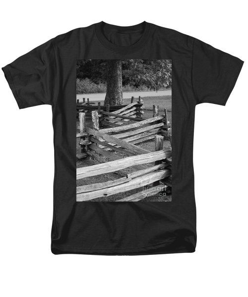 Split Rail Fence Men's T-Shirt  (Regular Fit) by Eric Liller