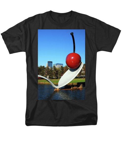 Spoonbridge Men's T-Shirt  (Regular Fit)