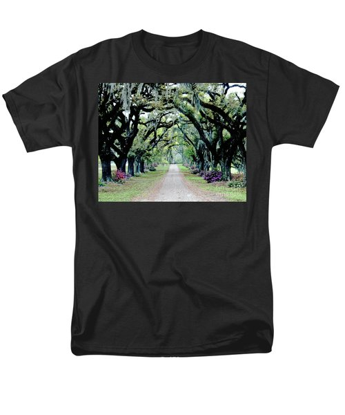 St Francisville Plantation Men's T-Shirt  (Regular Fit) by Lizi Beard-Ward