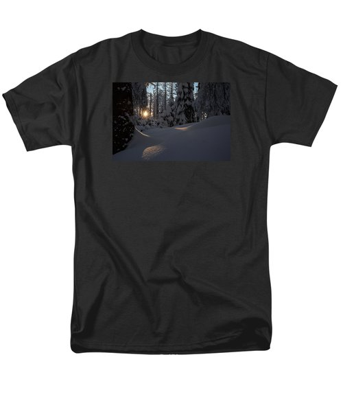 Sunburst In Winter Fairytale Forest Harz Men's T-Shirt  (Regular Fit) by Andreas Levi
