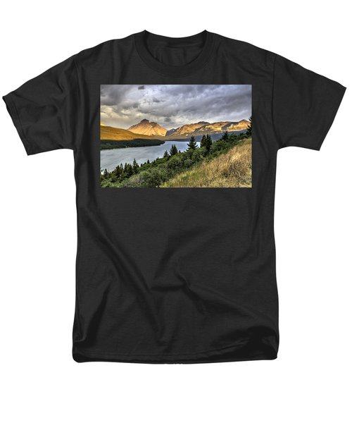 Men's T-Shirt  (Regular Fit) featuring the photograph Sunrise On The Bitterroot River by Alan Toepfer