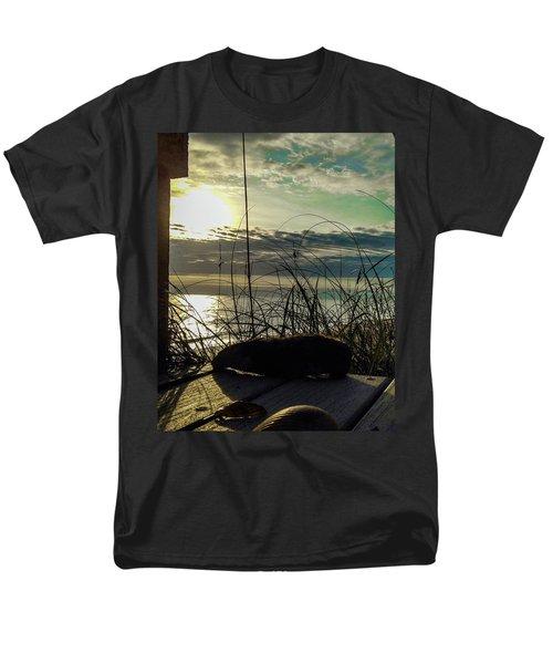 Sunrise Sea Shells Men's T-Shirt  (Regular Fit) by Josy Cue