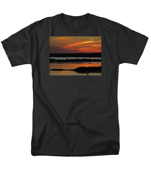 Sunset At Forsythe Reserve 2 Men's T-Shirt  (Regular Fit) by Melinda Saminski